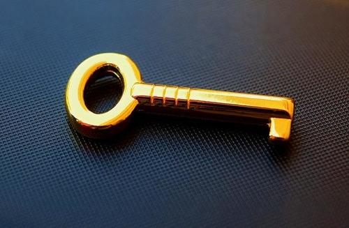 key-2510708_640.jpg